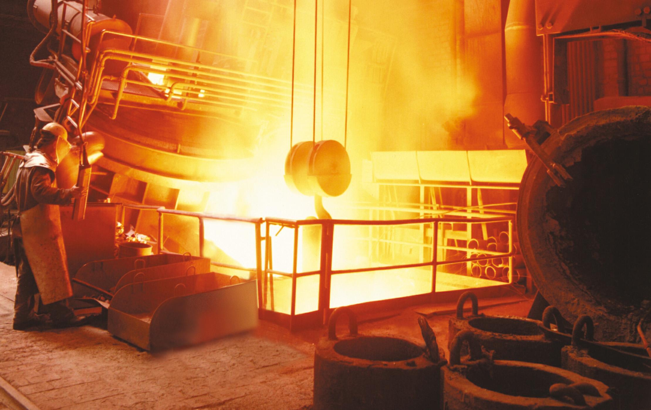 Tìm hiểu cơ chế vận hành của lò hơi đốt than đá trong nền công nghiệp
