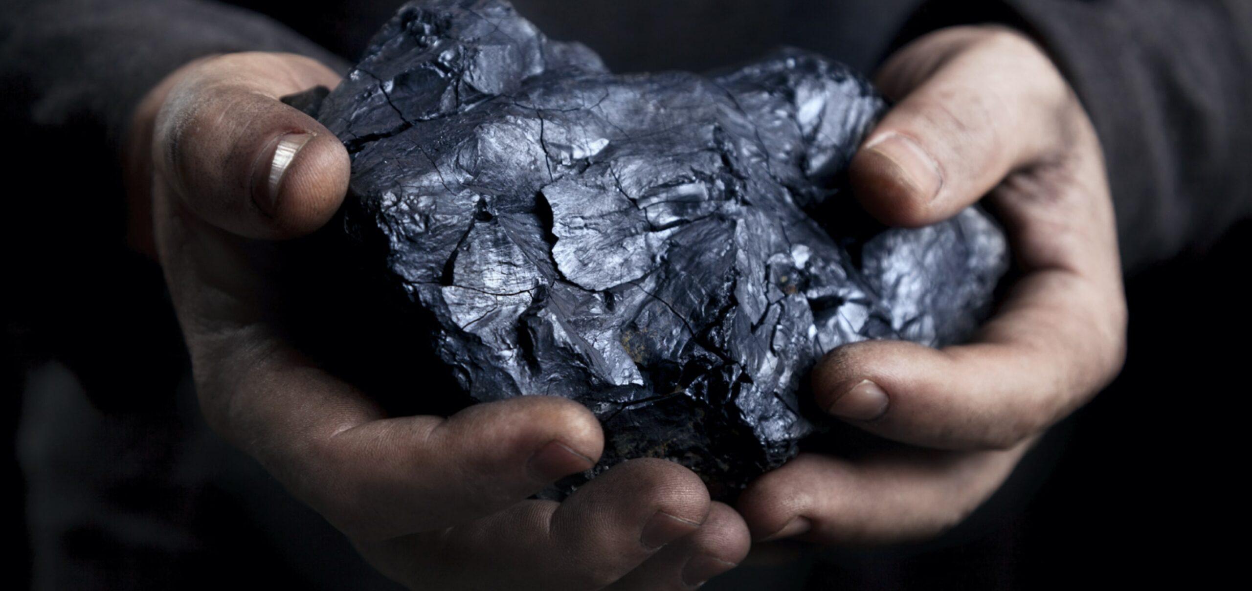 Cập nhật giá than đá hiện nay trong khu vực và trên thế giới