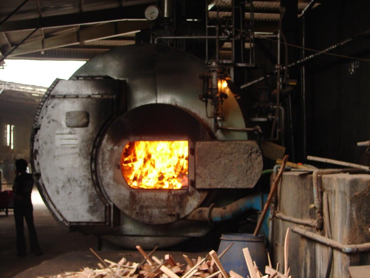 Đốt than công nghiệp bằng công nghệ mới siêu tới hạn